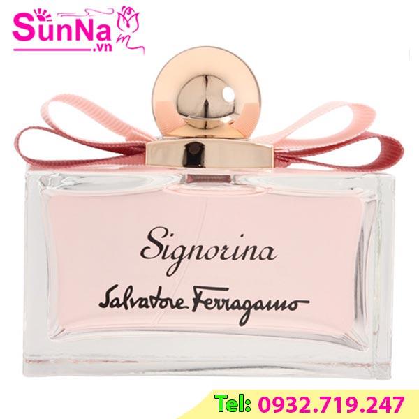 Nước hoa Signorina EDP 100ml màu hồng nhạt
